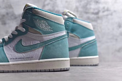 Air Jordan 1  Turbo green