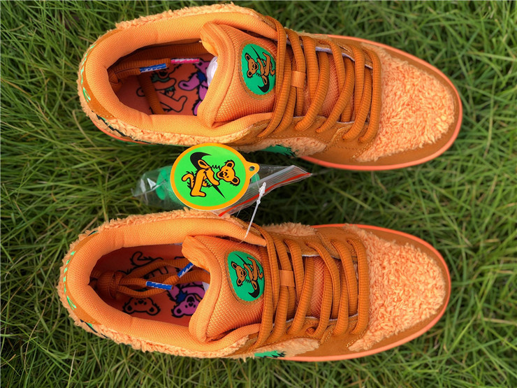 Grateful Dead x Nike SB Dunk Low orange